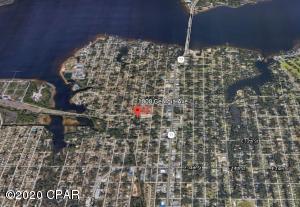 1008 Georgia Avenue, Lynn Haven, FL 32444