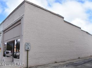 831 Main Street