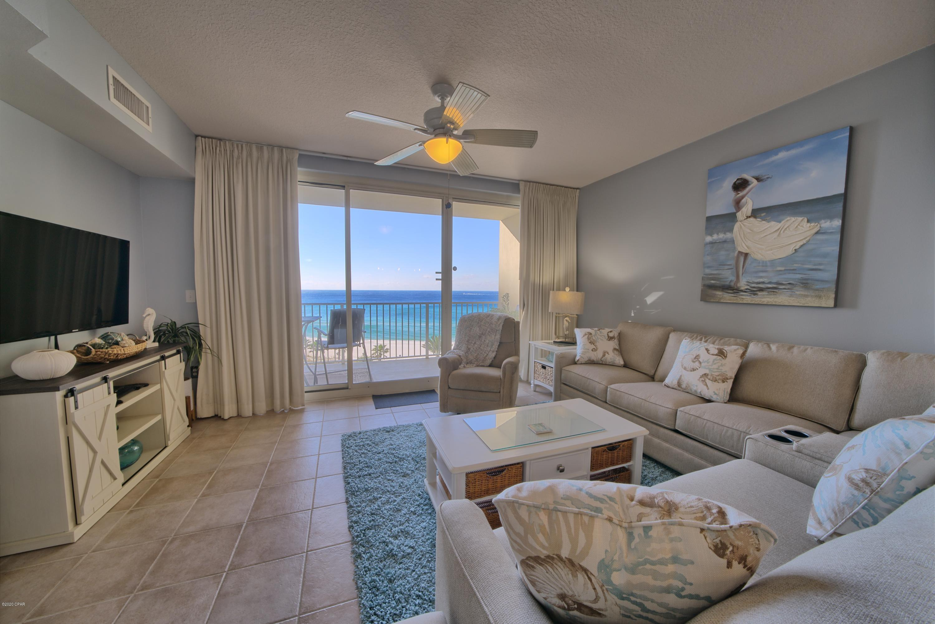 Gorgeous 2 Bedroom Gulf front condo available for 2-4 month lease.  Enjoy the winter and the gulf br