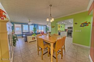 5004 Thomas Drive, 112, Panama City Beach, FL 32408