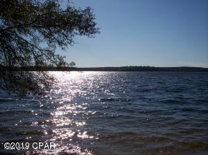 07, 08 Lakeside Drive