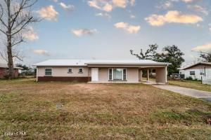1805 Carolina Avenue Avenue, Lynn Haven, FL 32444