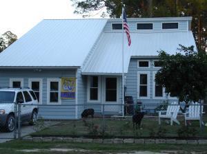 504 Burnham Avenue