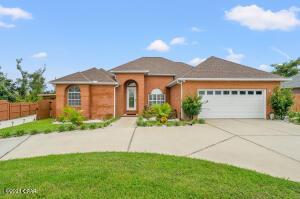722 Radcliff Avenue, Lynn Haven, FL 32444