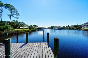 8817 N Lagoon Drive #M201