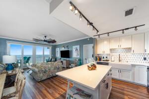 9860 S Thomas Drive, 1124, Panama City Beach, FL 32408