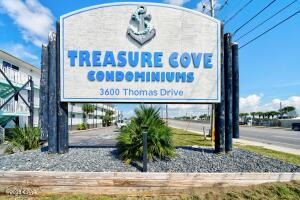 3600 Thomas Drive, D209, Panama City Beach, FL 32408
