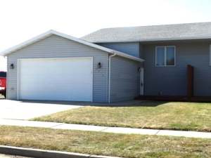 Property for sale at 3201 Crimson Street NW, Mandan,  ND 58554
