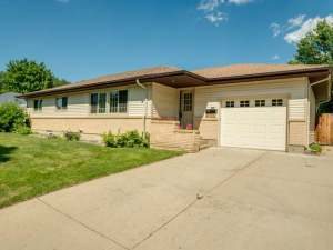 Property for sale at 813 Midway Drive, Bismarck,  ND 58501