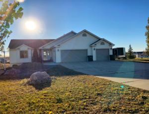 Property for sale at 6035 Ashton Circle Circle, Bismarck,  ND 58504