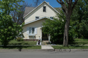 Property for sale at 101 Central Avenue W, Garrison,  ND 58540
