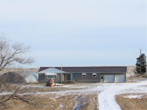 Property for sale at 50 County Rd 11, Golden Valley,  ND 58541