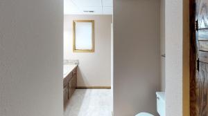 Mayer-Bathroom(1)