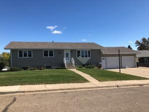 Property for sale at 1606 9th Avenue NW, Mandan,  North Dakota 58554