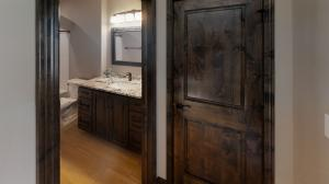 2917-Powder-Ridge-Drive-Bathroom