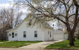 Property for sale at 303 Main Street Street S, Glen Ullin,  North Dakota 58631