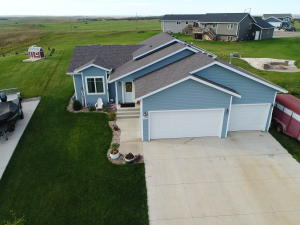 Property for sale at 5011 39th Avenue NW, Mandan,  North Dakota 58554