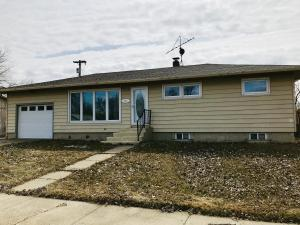 Property for sale at 313 3rd Ave, Zap,  North Dakota 58580