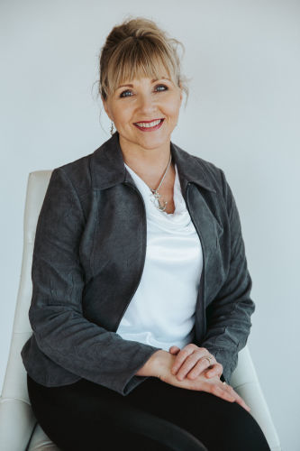 ALISSA MACK agent image