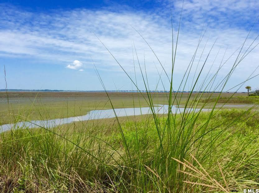 Photo of 207 Willow Point Road, Beaufort, SC 29906