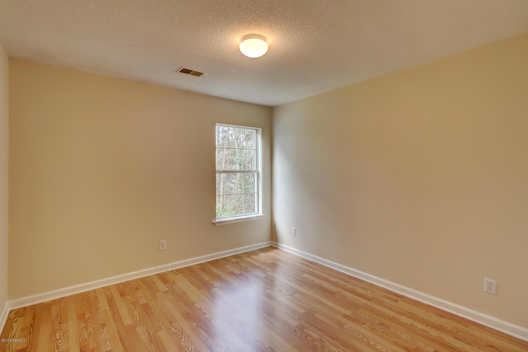 394 Gardners Circle, Bluffton, 29910   WEICHERT, REALTORS®-Coastal  Properties