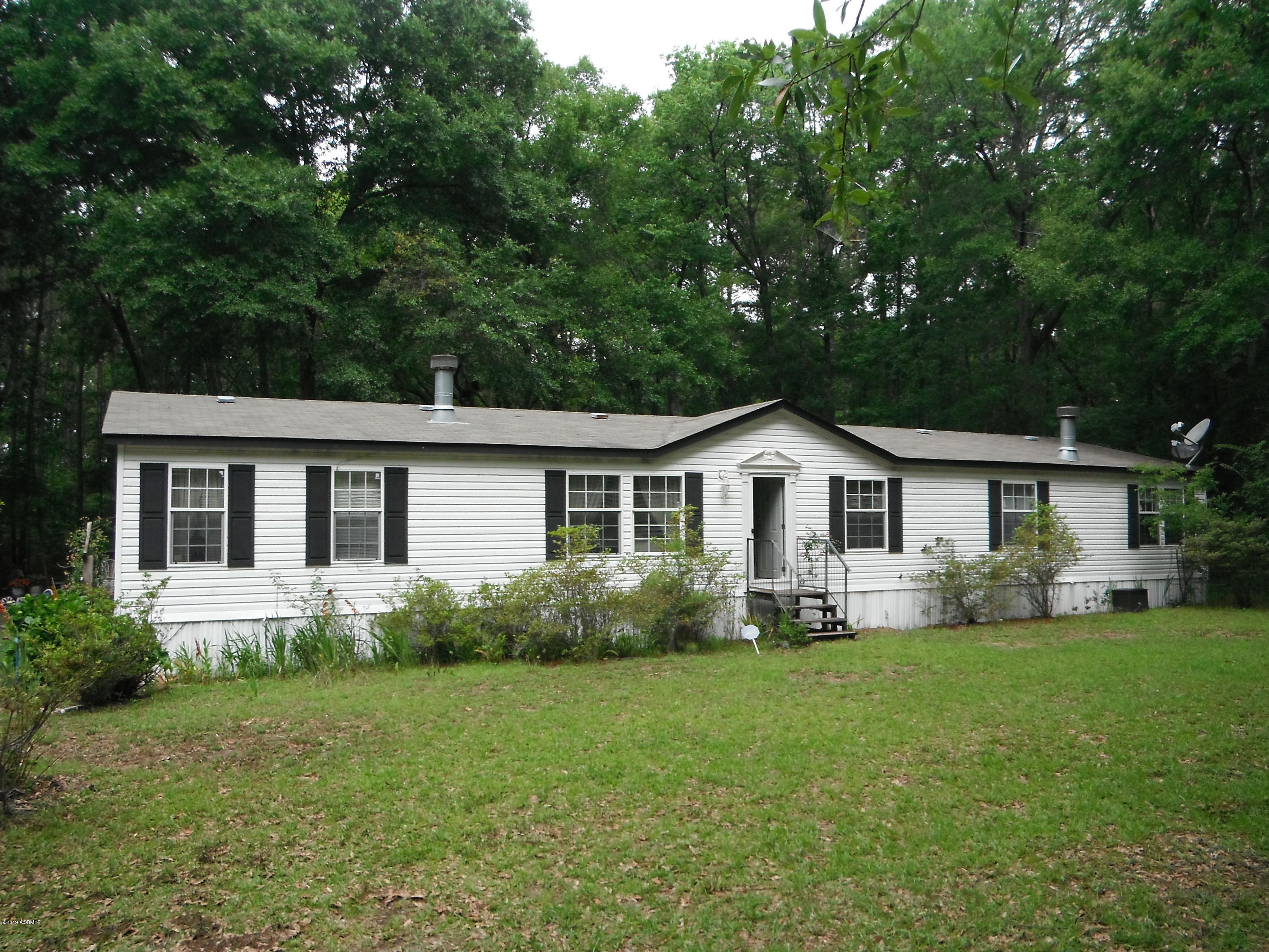 Photo of 251 Little Capers Road, Beaufort, SC 29907