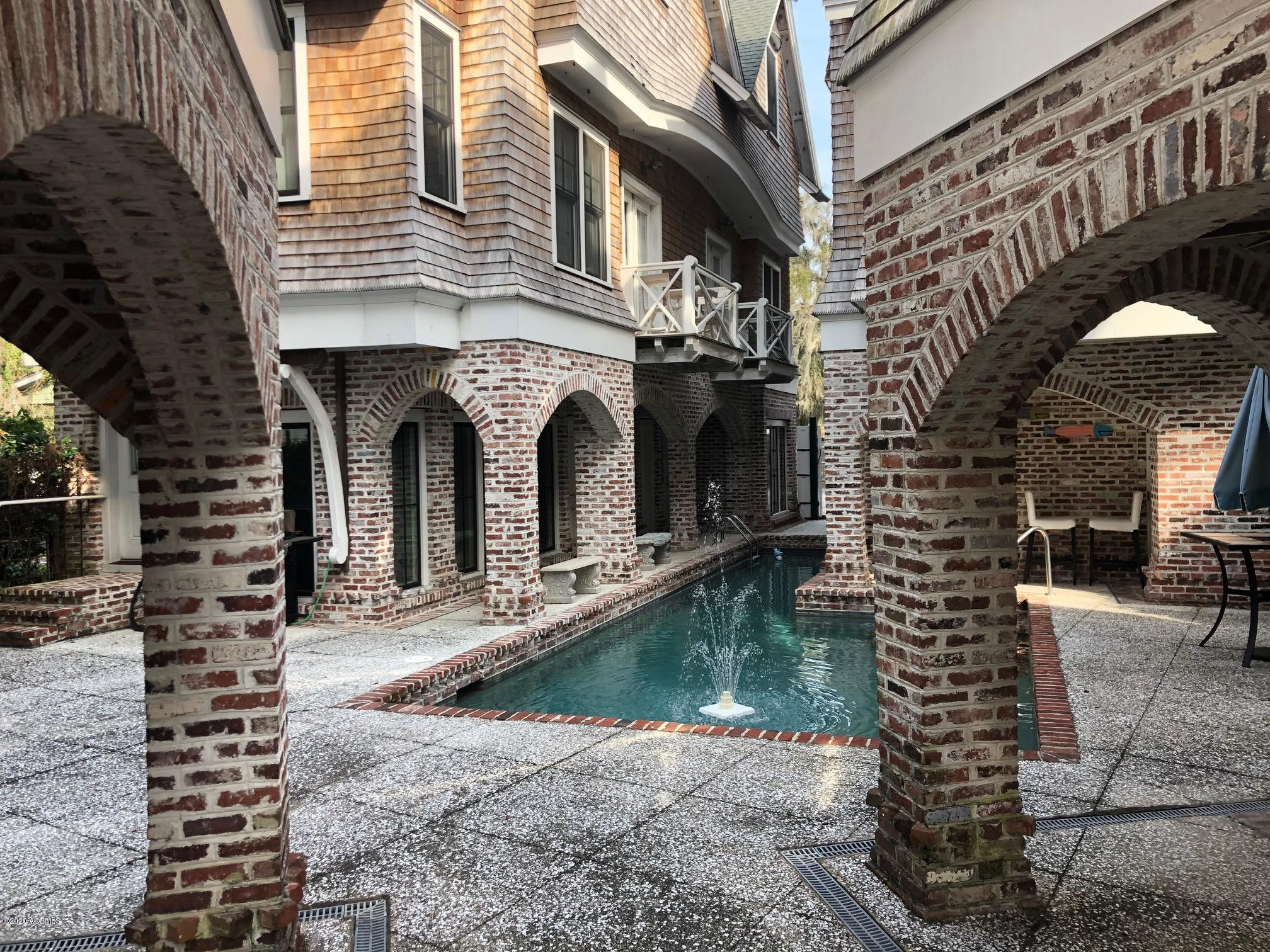Photo of 1618 Paris Avenue, Port Royal, SC 29935