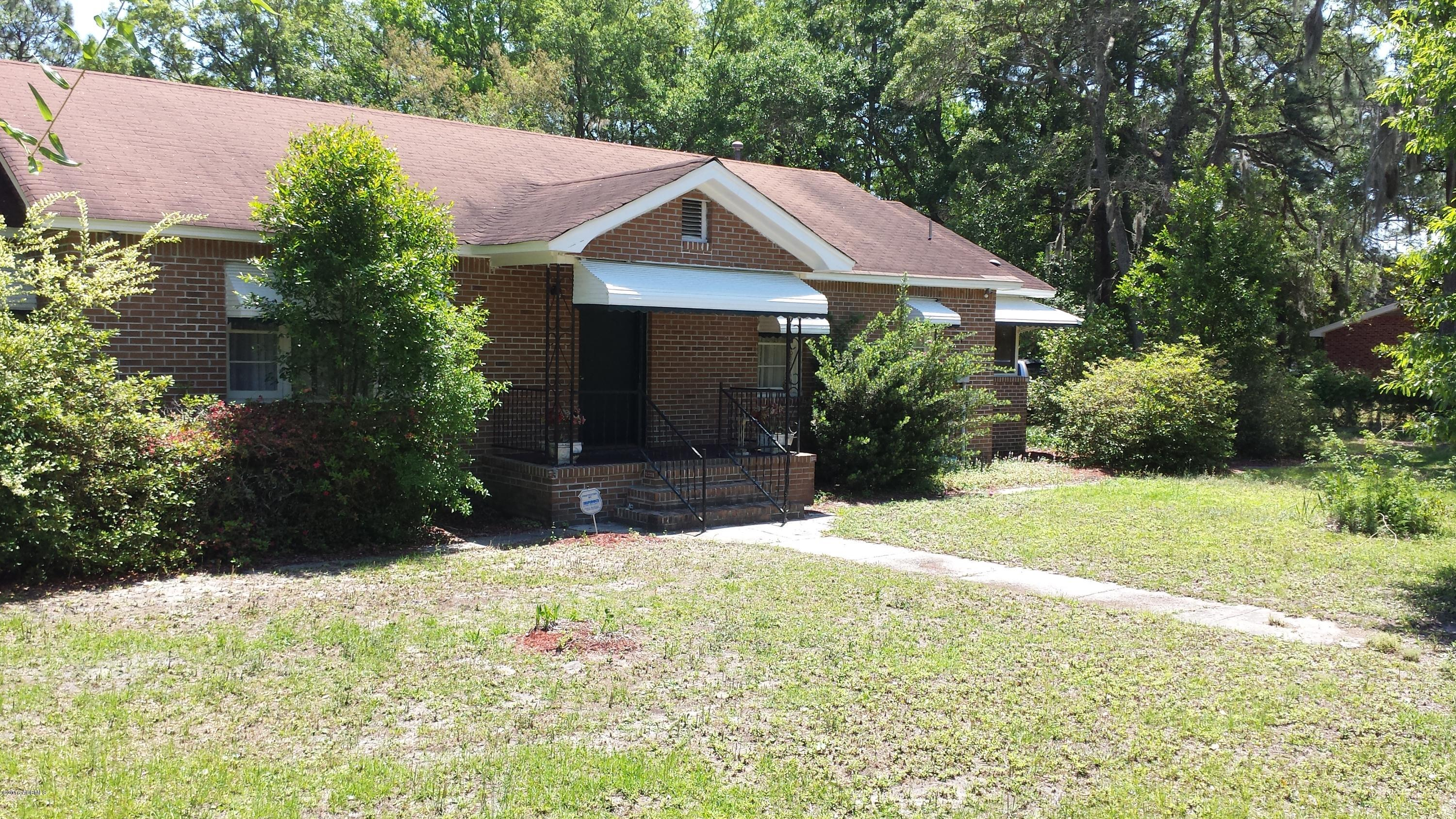 Photo of 314 Sams Point Road, Beaufort, SC 29907