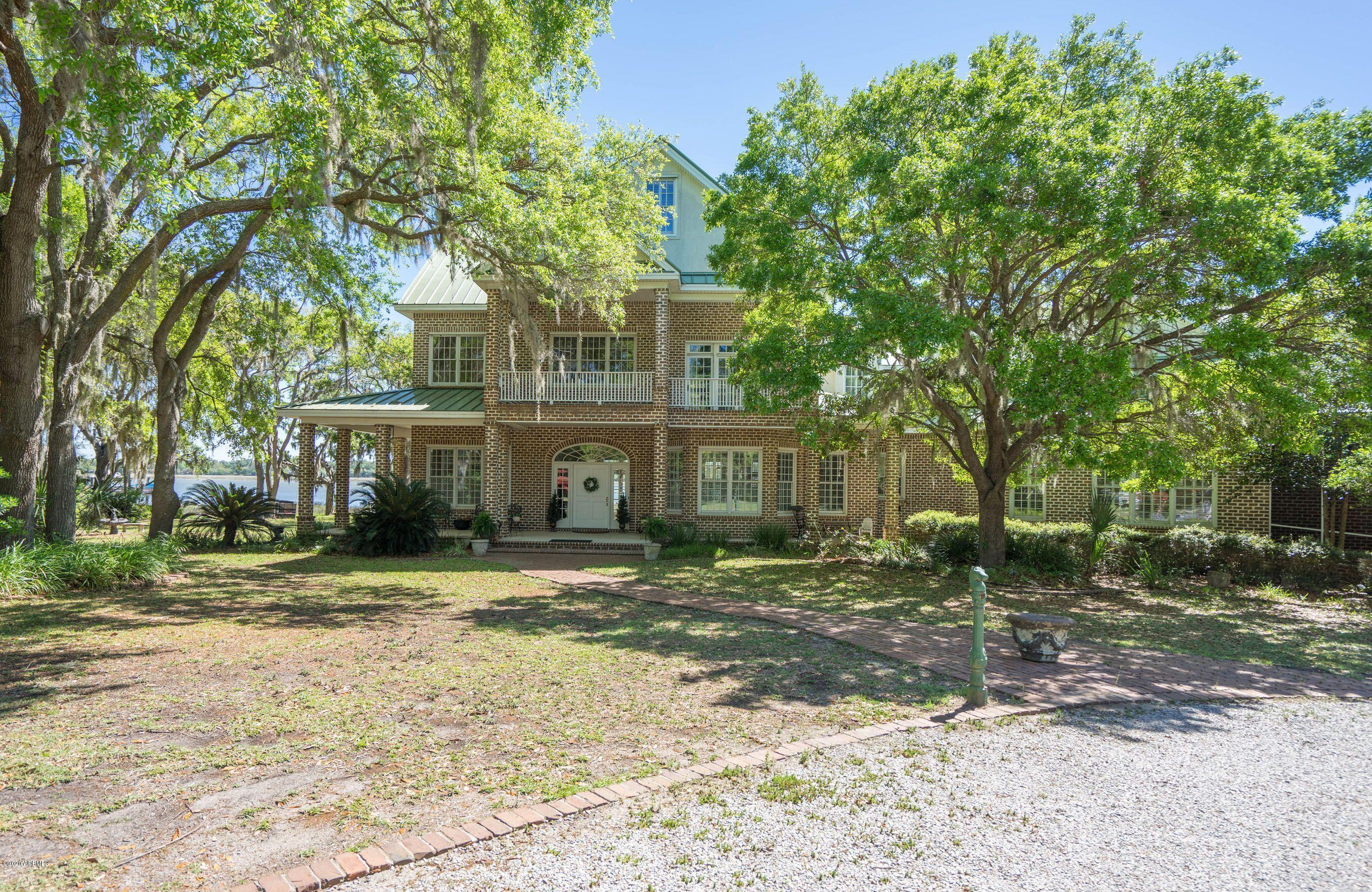 Photo of 144 Spanish Point Drive, Beaufort, SC 29902