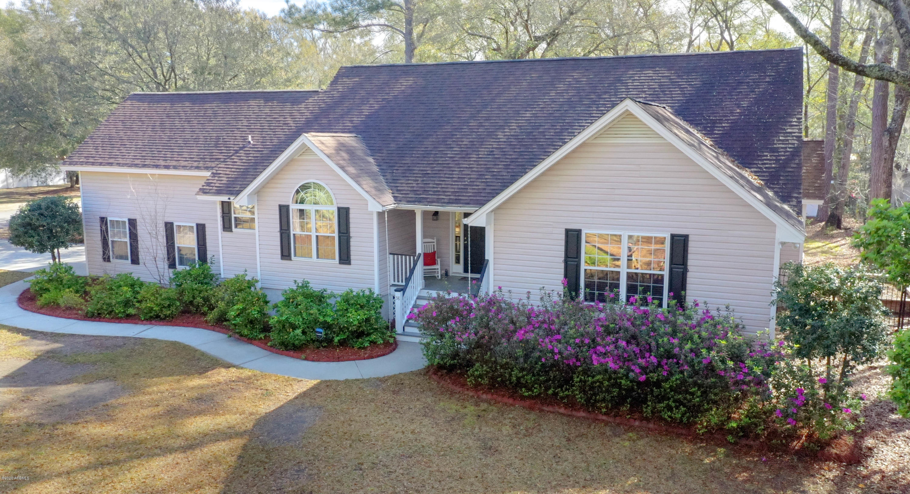 Photo of 38 Walling Grove Road, Beaufort, SC 29907