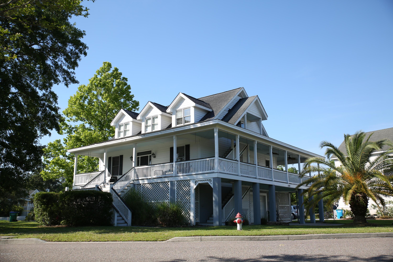 Photo of 109 Patrick Drive, Beaufort, SC 29902
