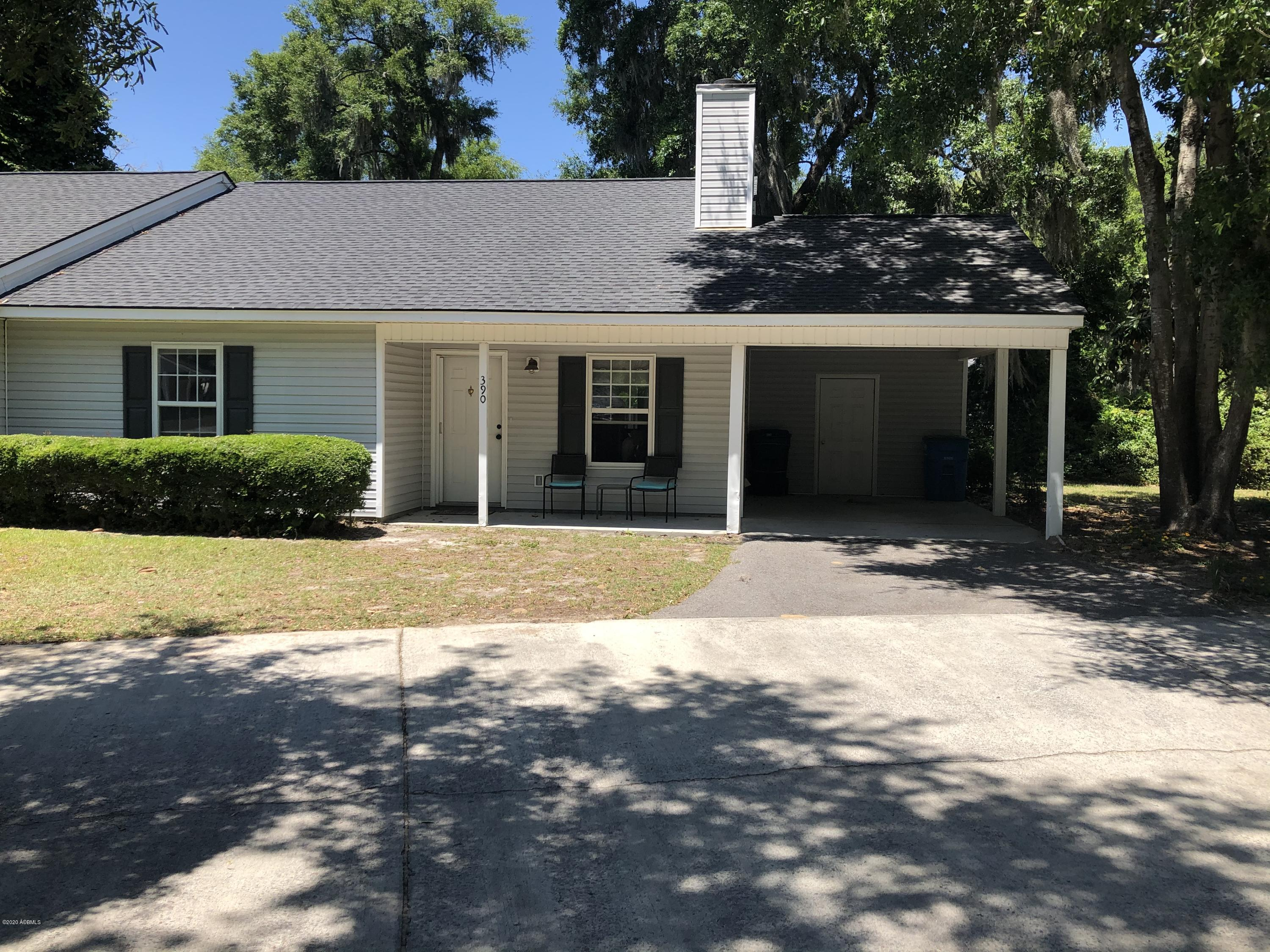 Photo of 390 Cedar Grove Circle, Beaufort, SC 29902