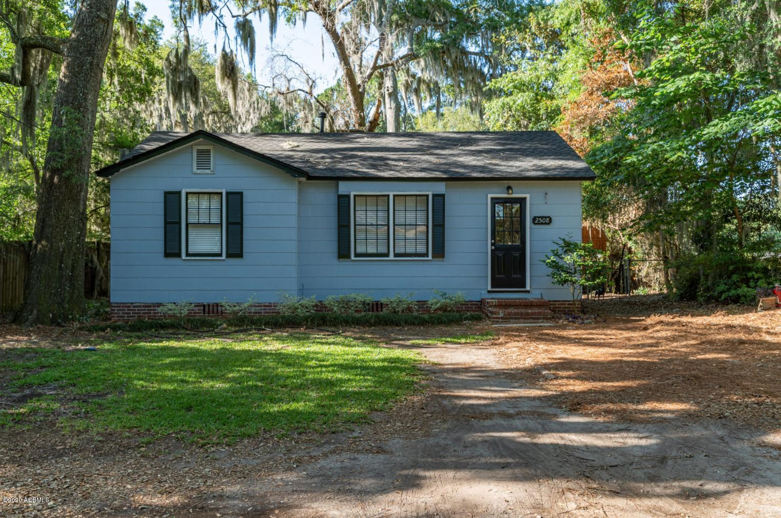 Photo of 2508 Acorn Hill Avenue, Beaufort, SC 29902