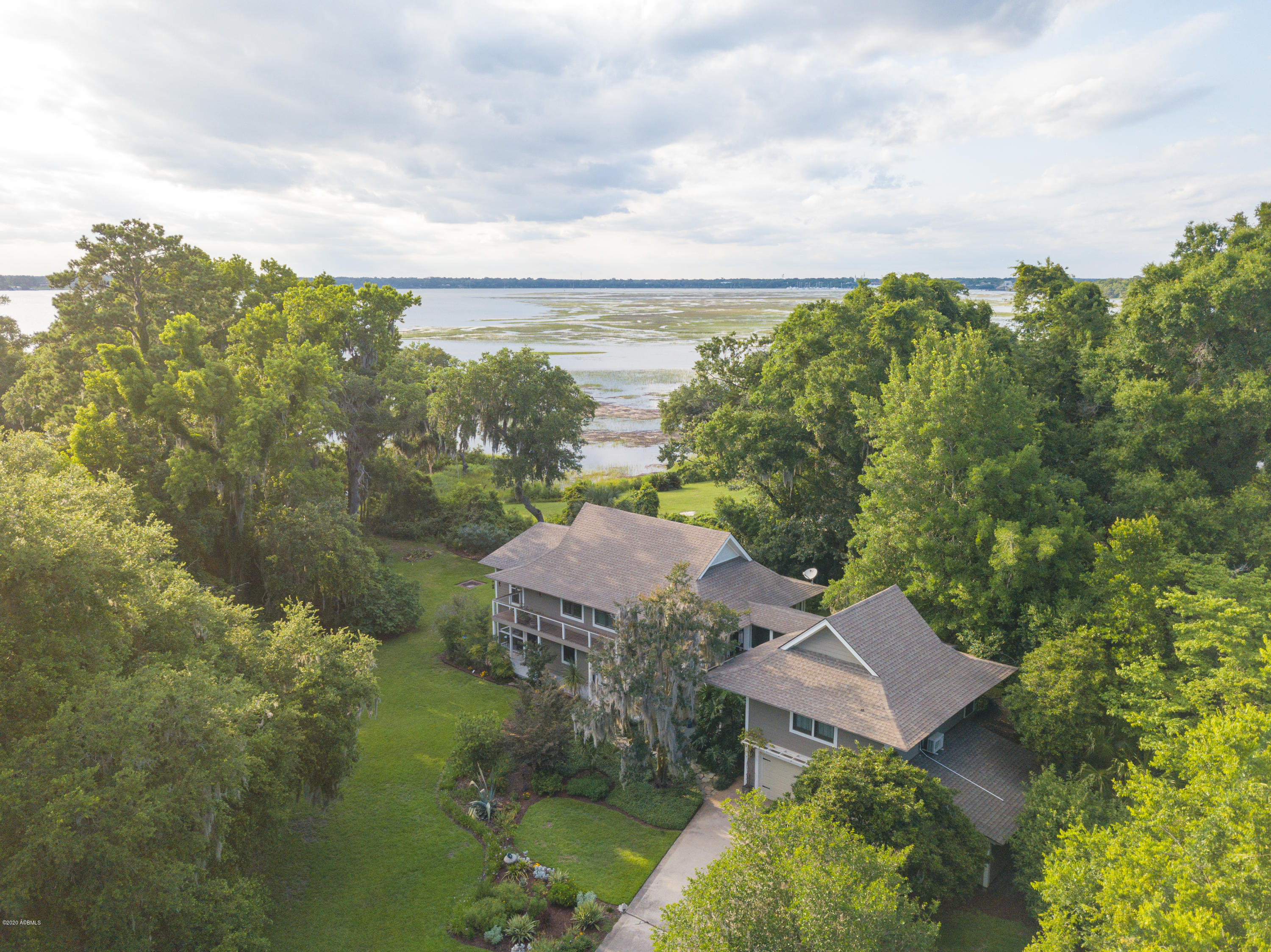 Photo of 201 Anchorage Drive, Beaufort, SC 29907