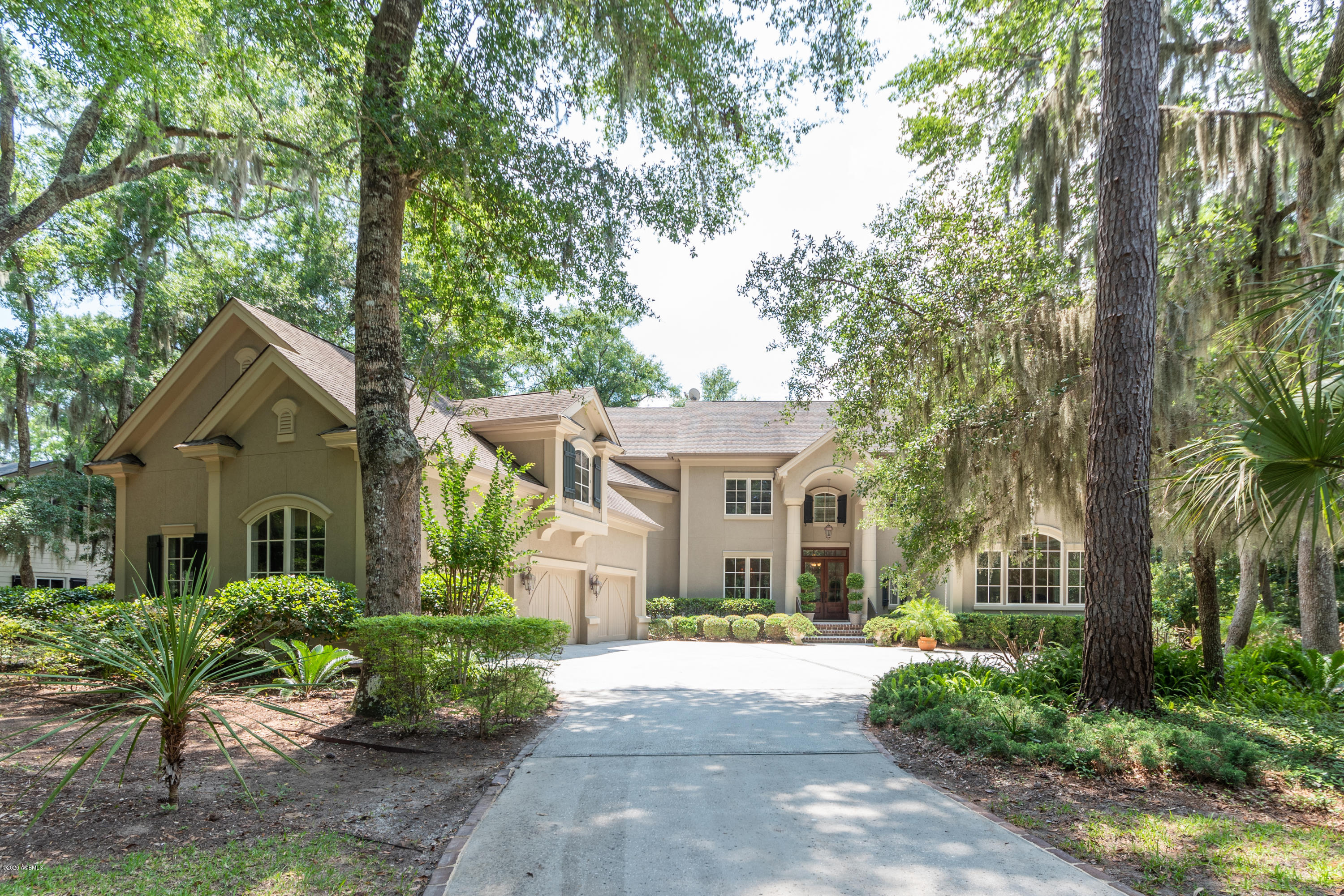 Photo of 33 Hampton Lane, Bluffton, SC 29910