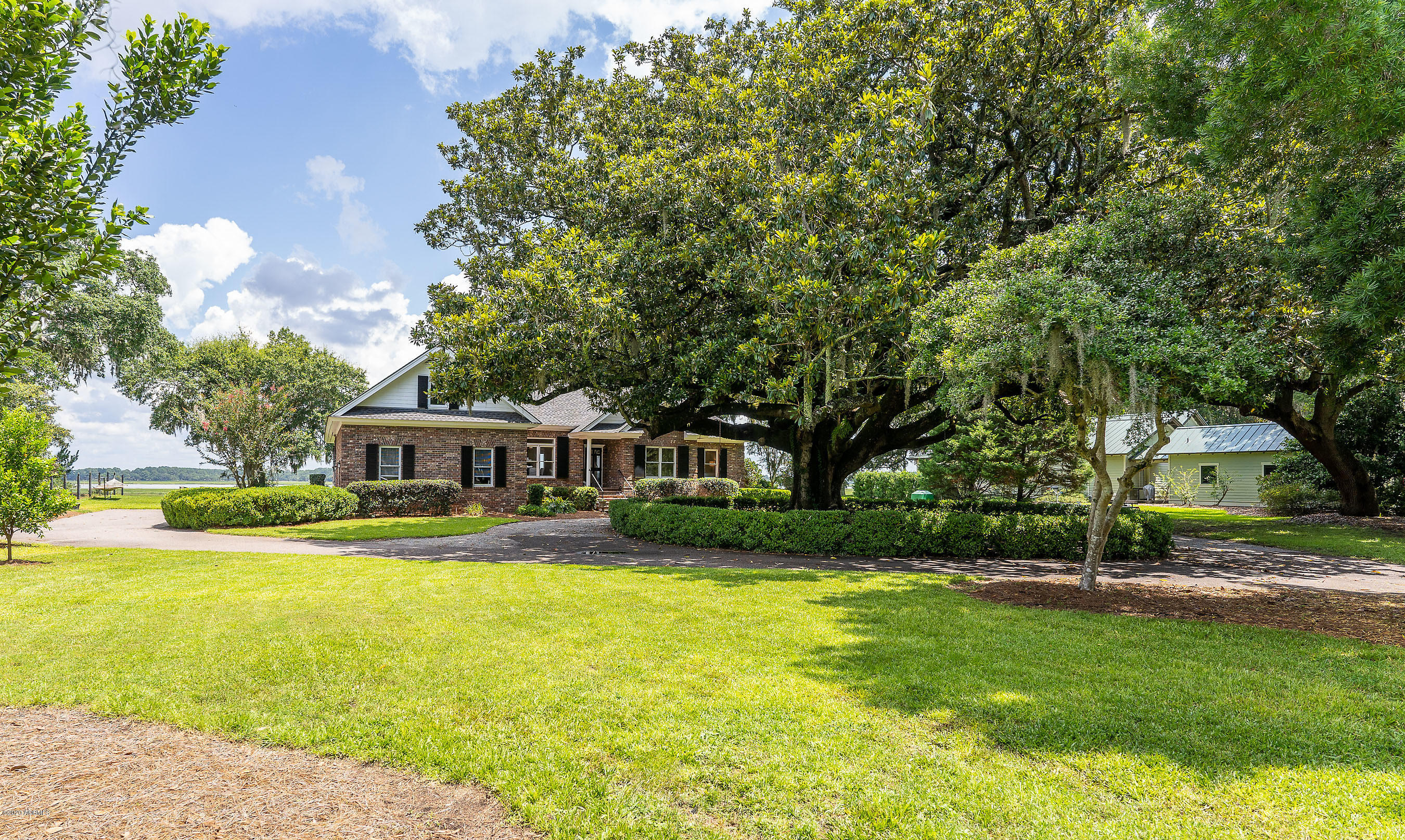 Photo of 1401 Laudonniere Street, Beaufort, SC 29902