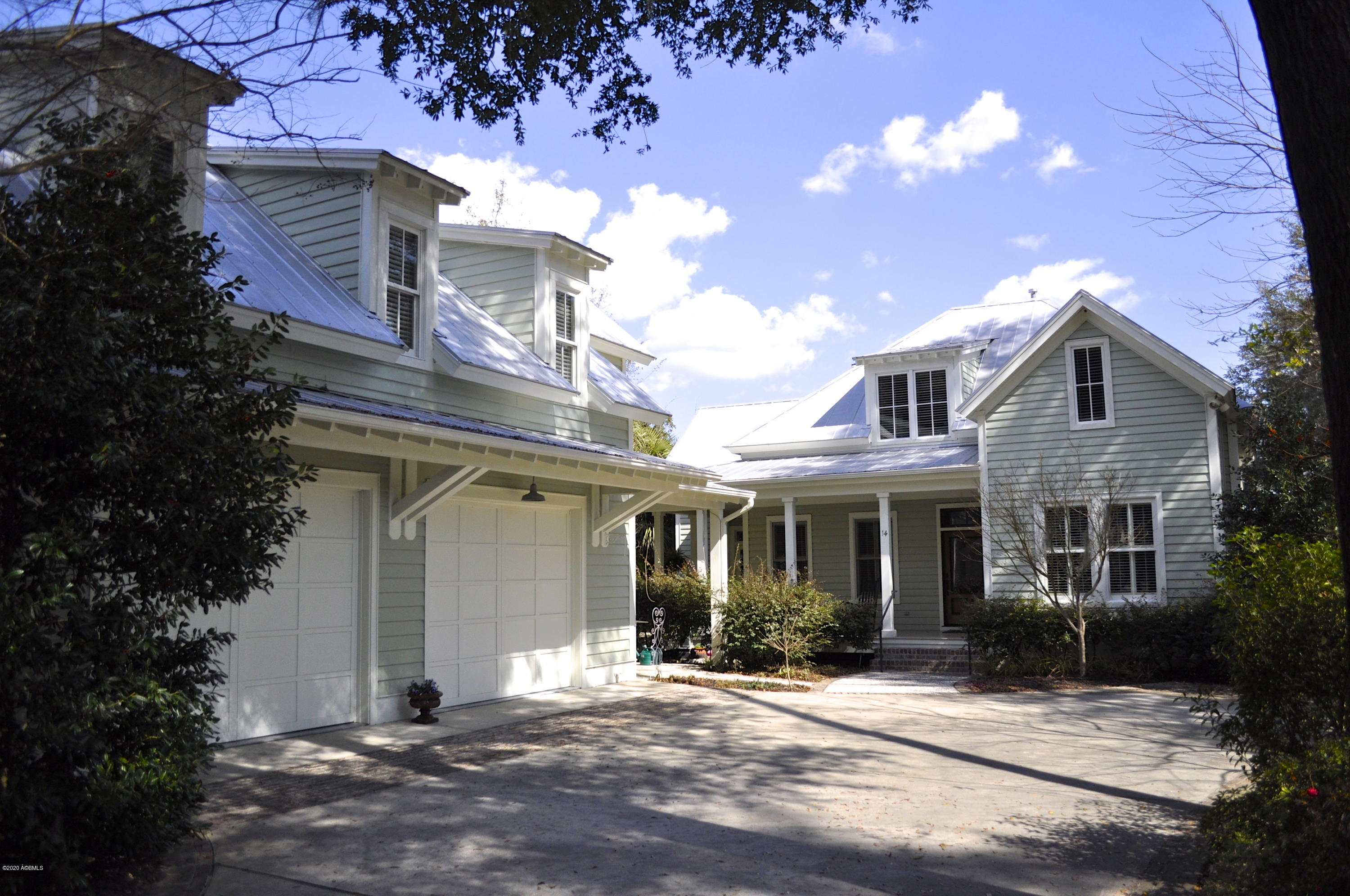 Photo of 14 Wrights Point Circle, Beaufort, SC 29902