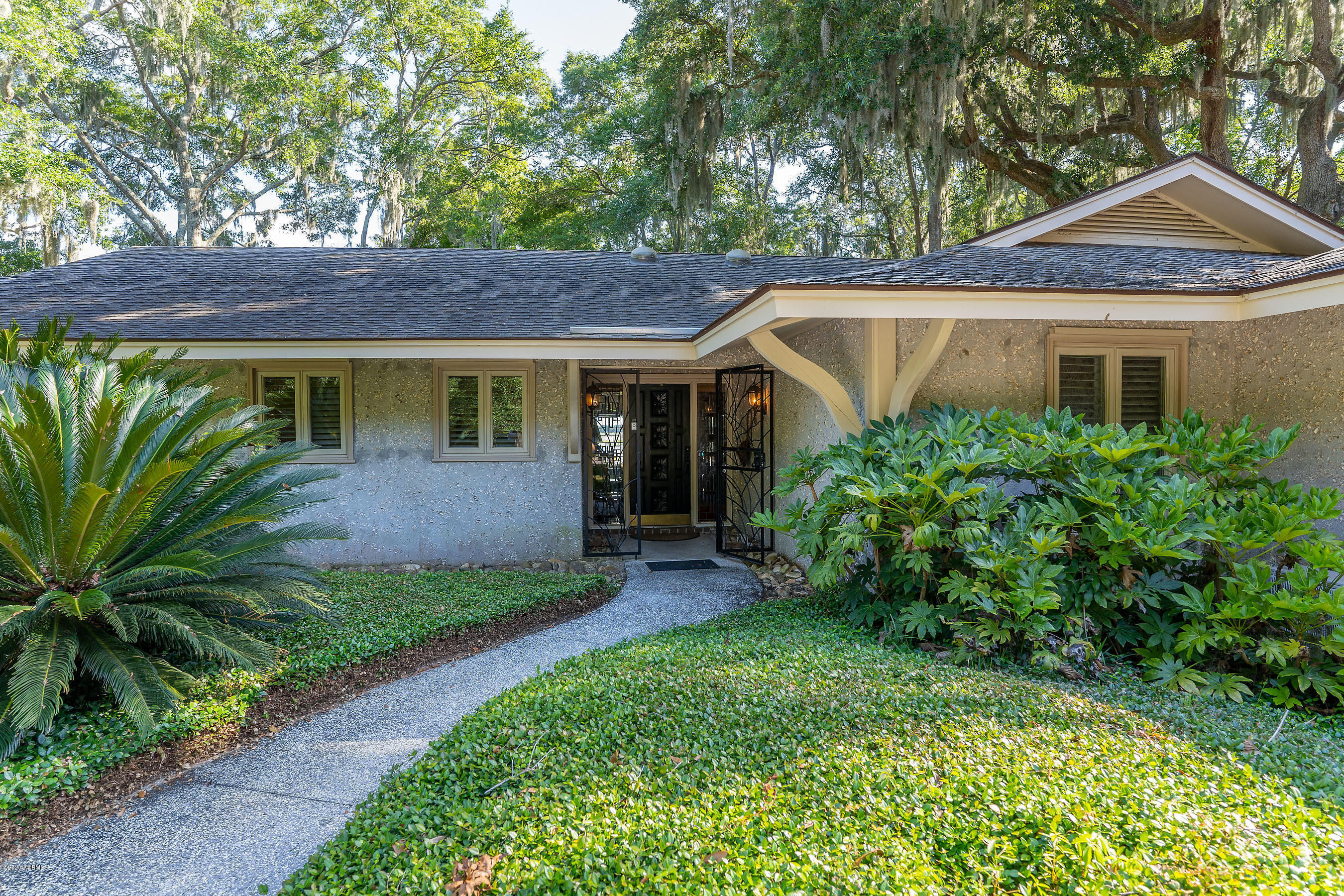 Photo of 10 Old Ferry Cove, Beaufort, SC 29907