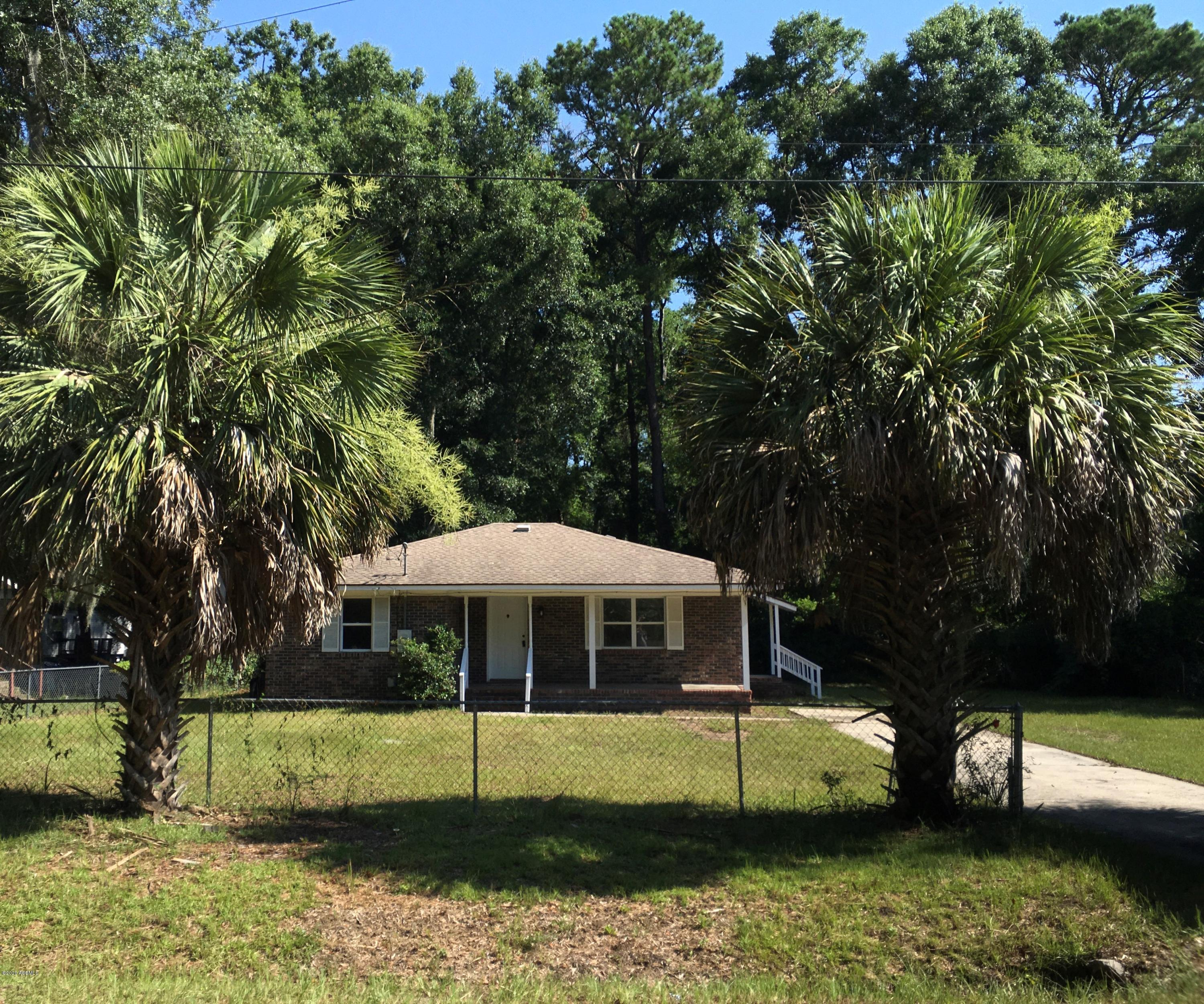 Photo of 11 Big Road, Beaufort, SC 29906