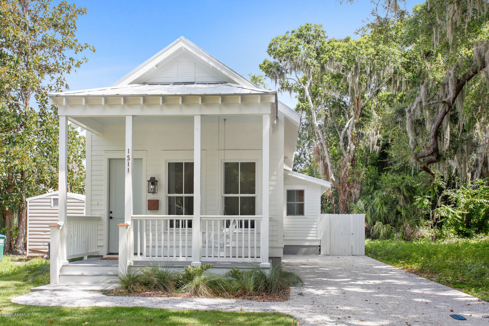 Photo of 1511 Washington Street, Beaufort, SC 29902
