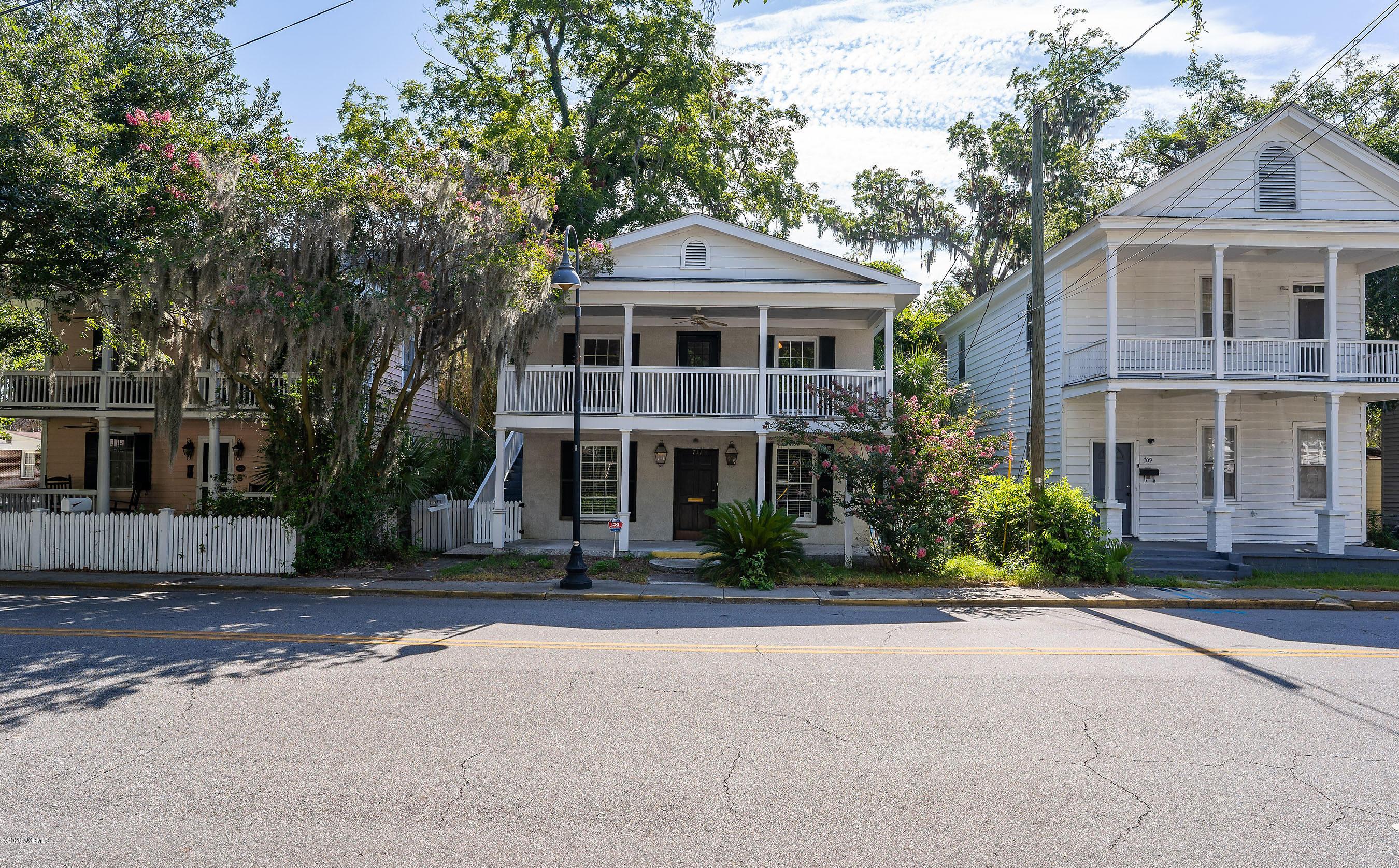 Photo of 711 Charles Street, Beaufort, SC 29902