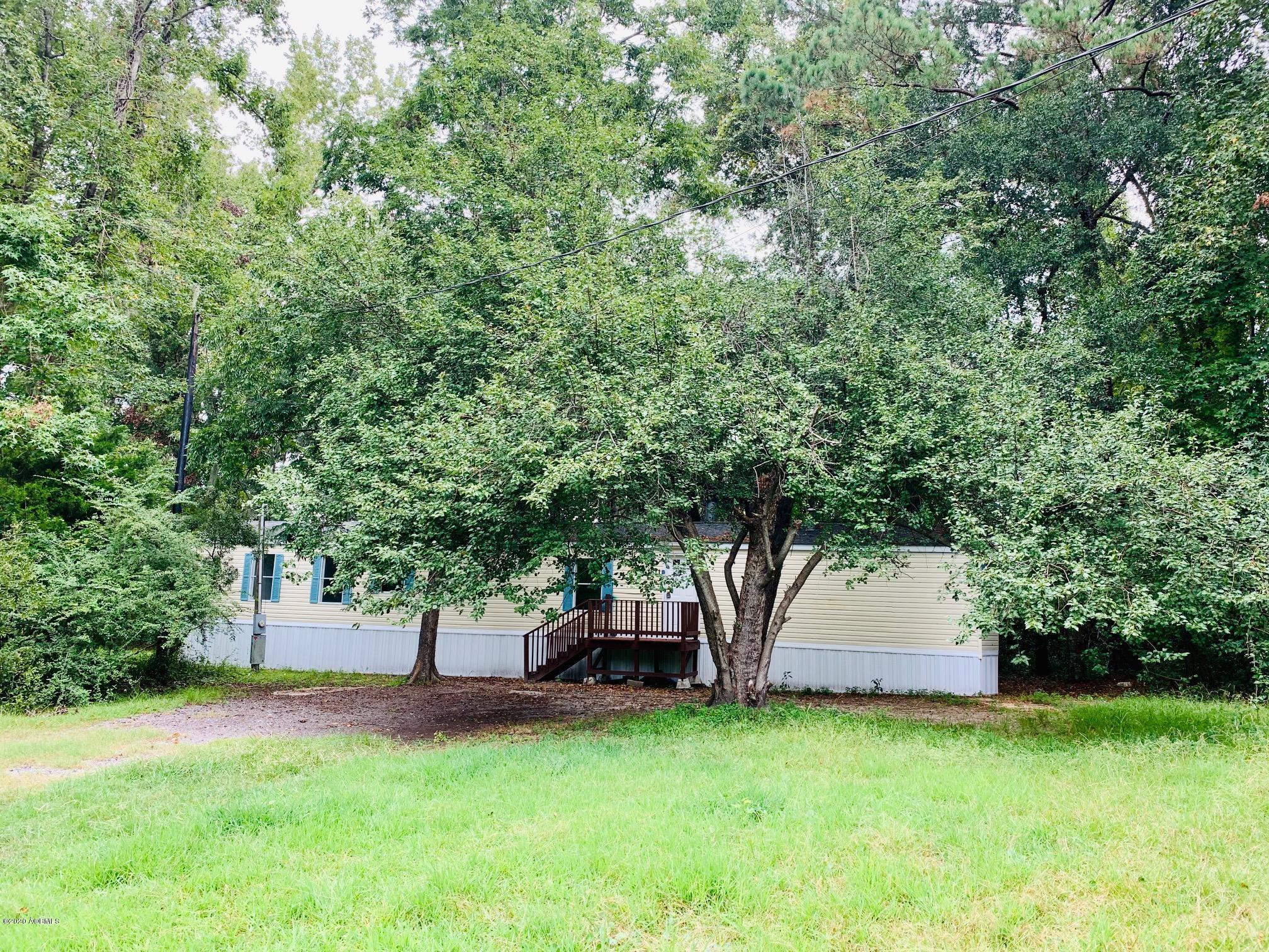 Photo of 1611 Charleston Drive #B, Beaufort, SC 29906