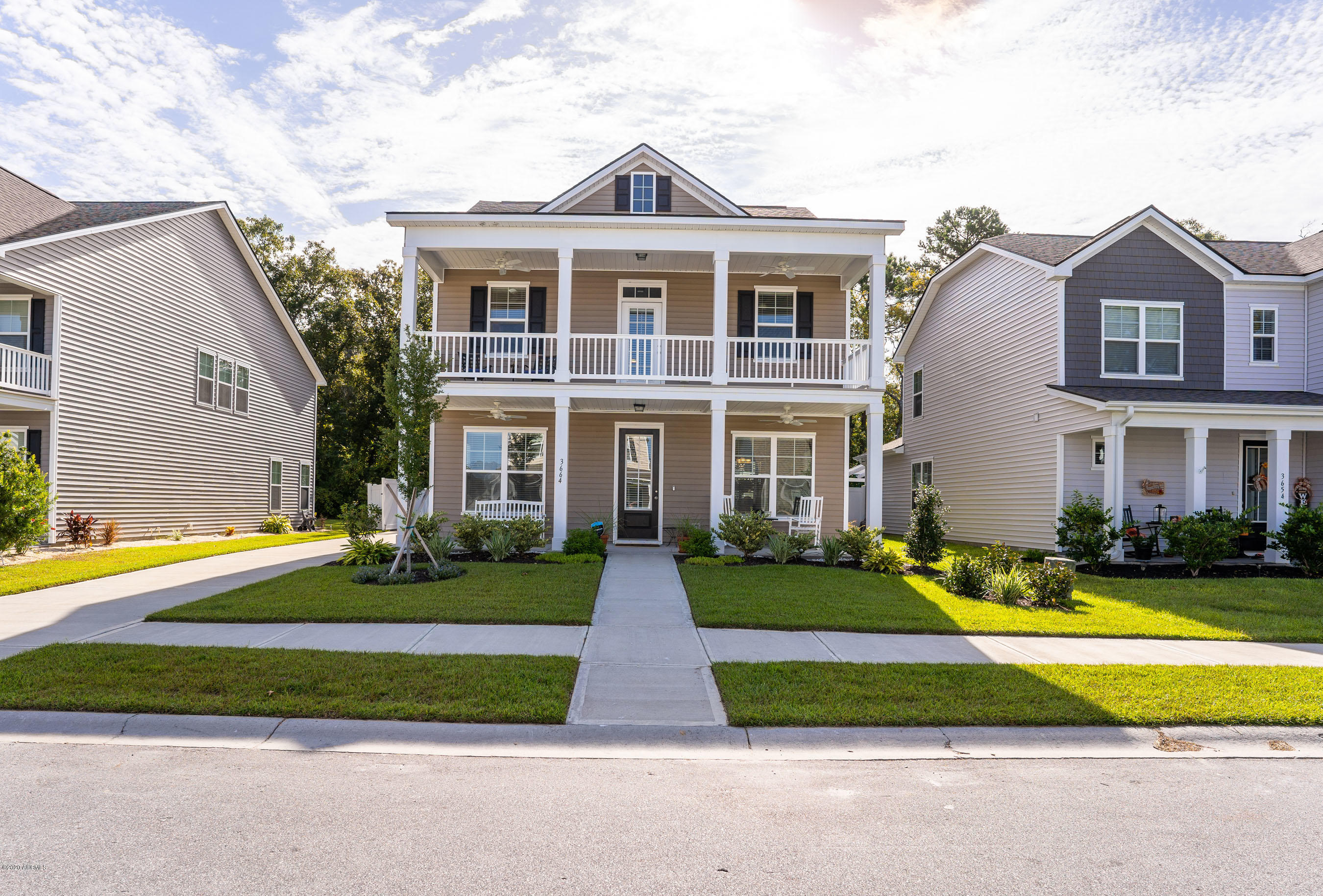 Photo of 3664 Oyster Bluff Drive, Beaufort, SC 29907