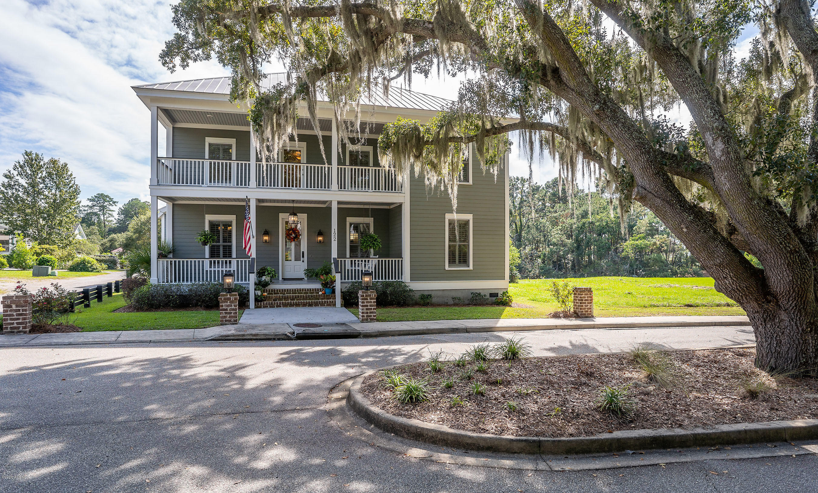 Photo of 122 Willow Point Road, Beaufort, SC 29906