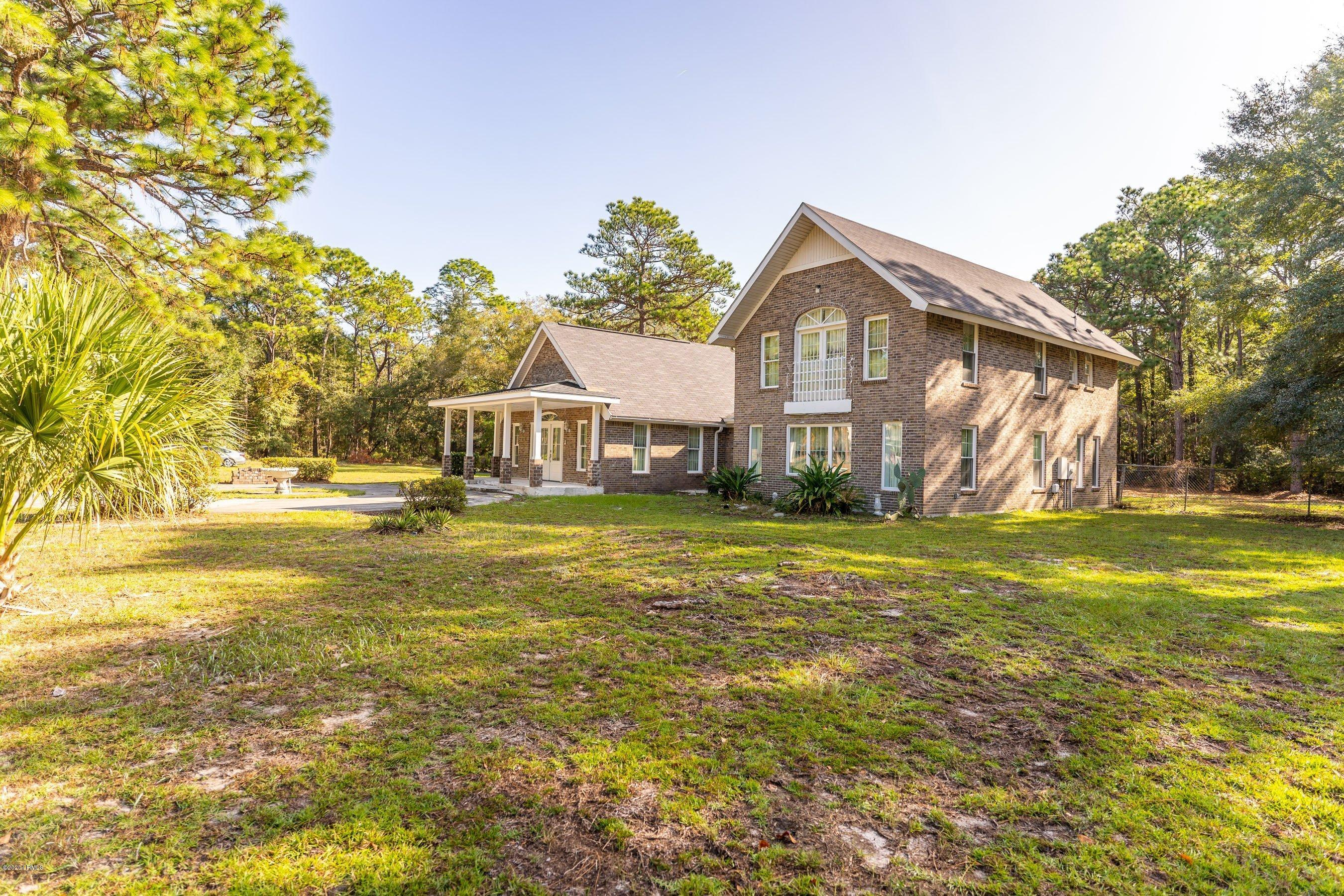Photo of 508 Sams Point Road, Beaufort, SC 29907