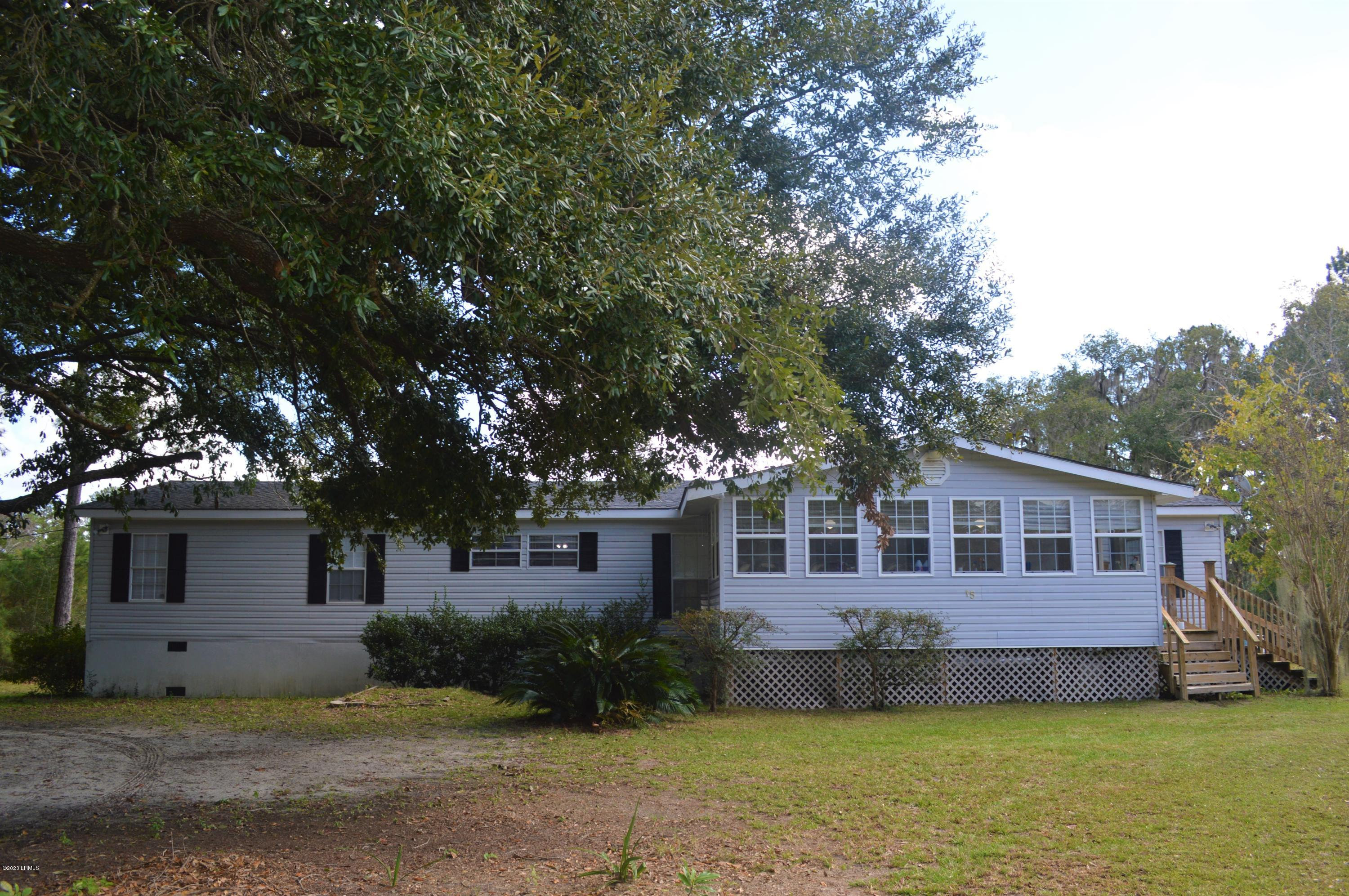 Photo of 15 Busby Drive, Beaufort, SC 29906