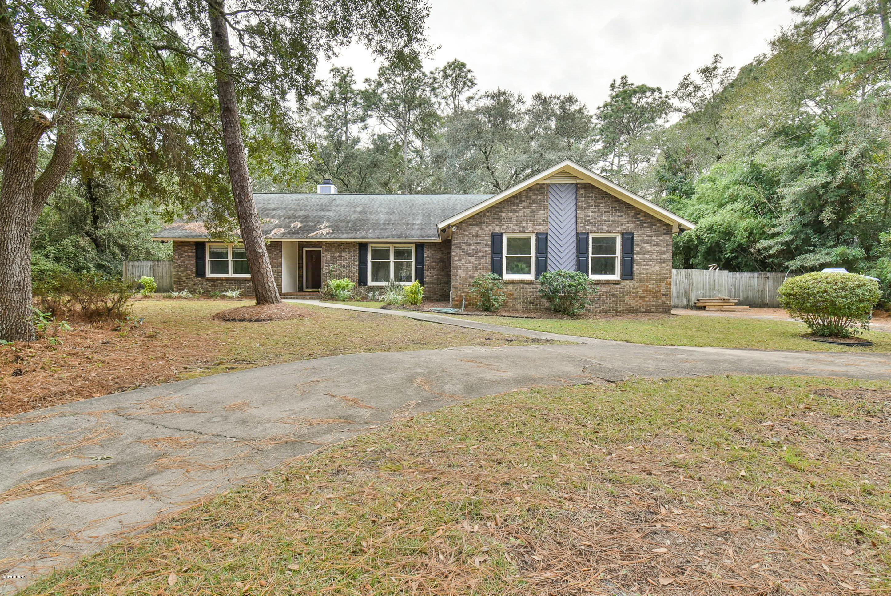 Photo of 1 Pickens Street, Beaufort, SC 29907