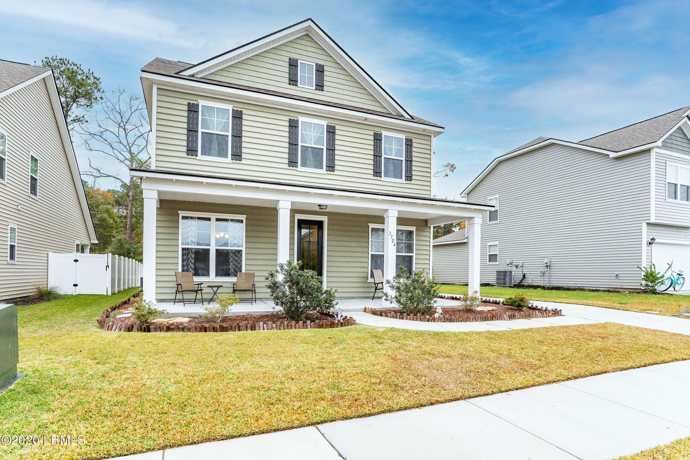 Photo of 3724 Oyster Bluff Drive, Beaufort, SC 29907