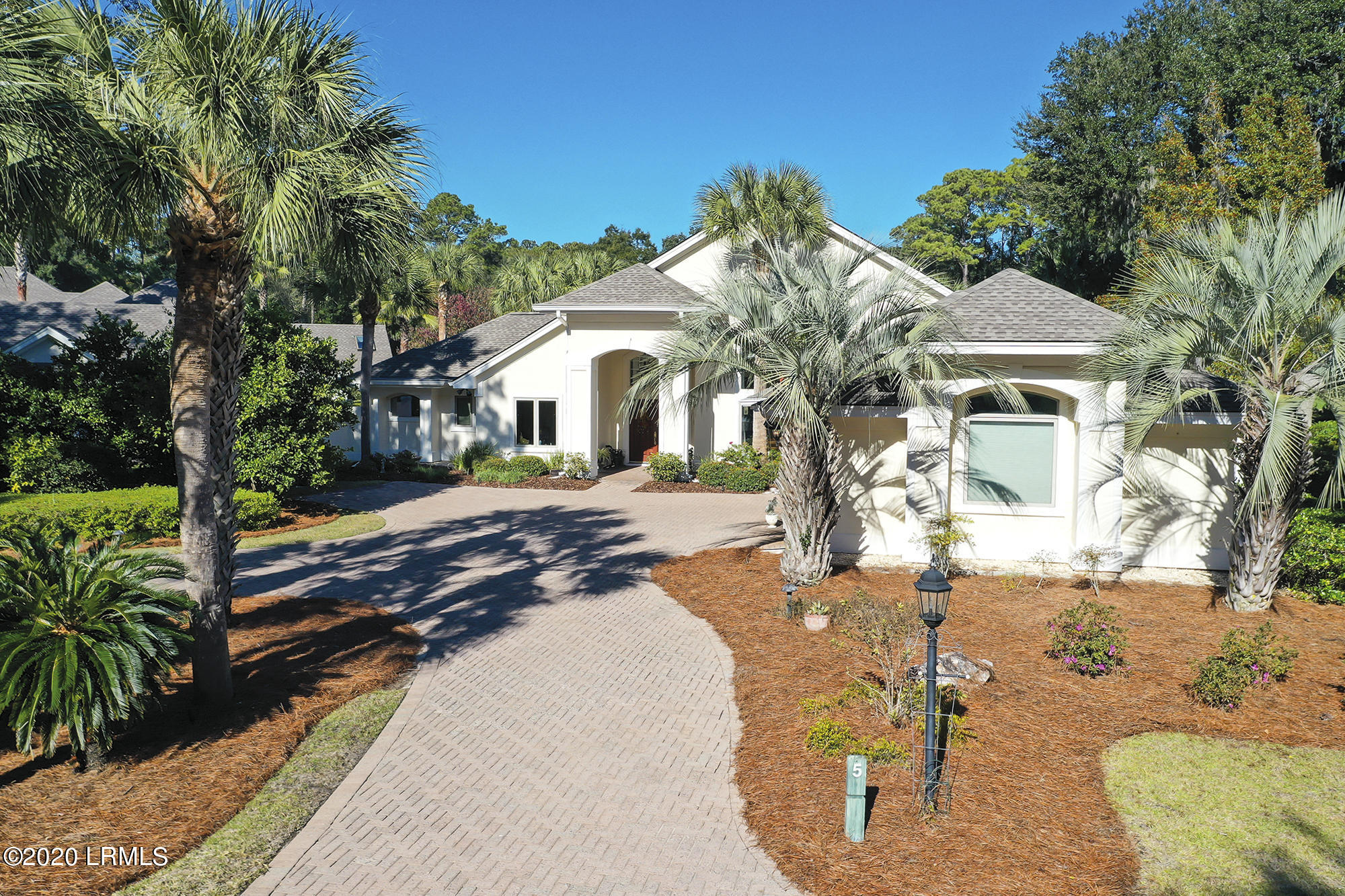 Photo of 5 Shaftsbury Lane, Hilton Head Island, SC 29926