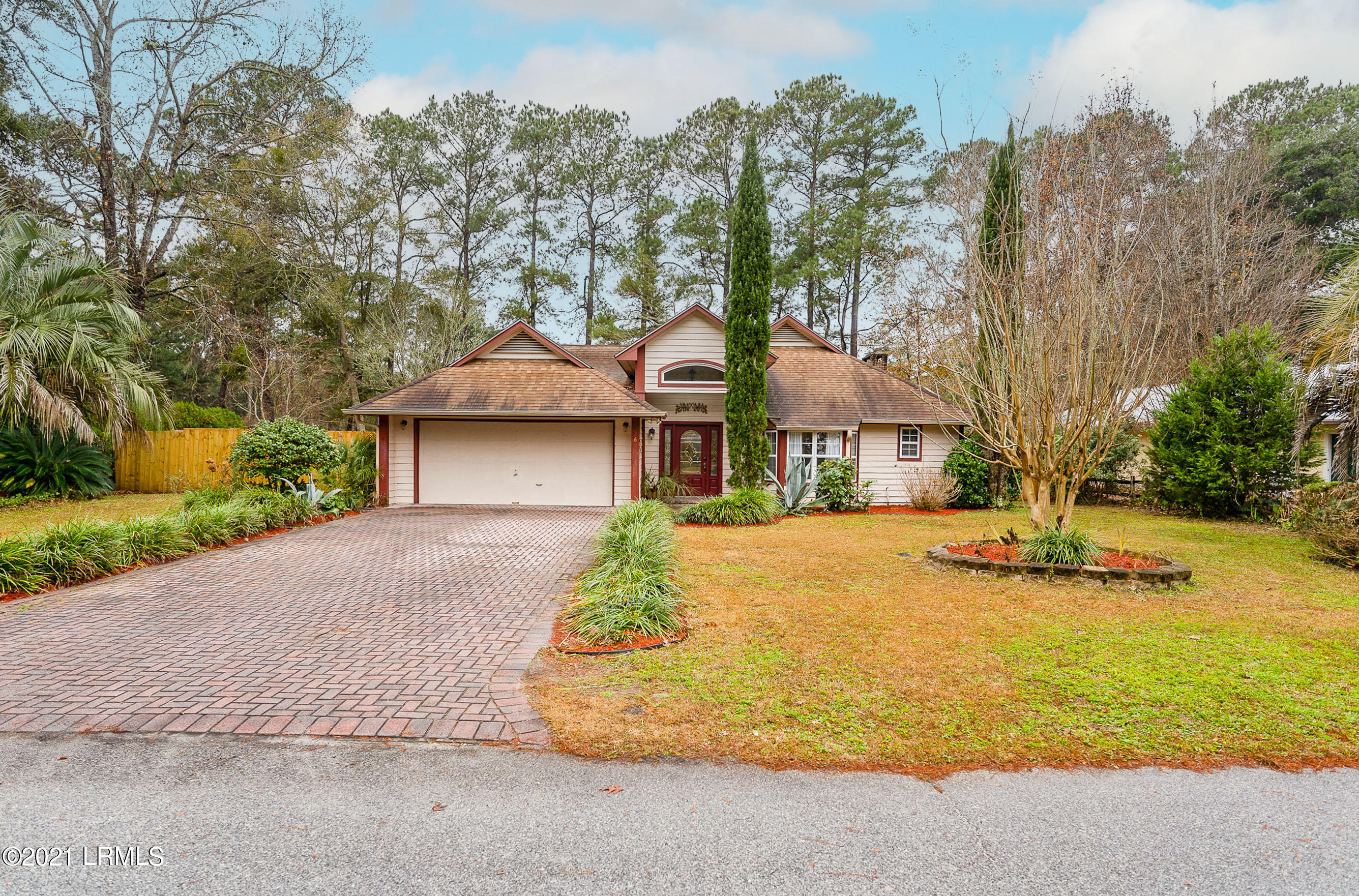 Photo of 26 Chesterfield Drive, Beaufort, SC 29906